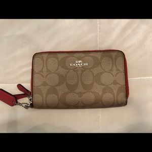 **Barely Used** COACH 2 Compartment Wallet